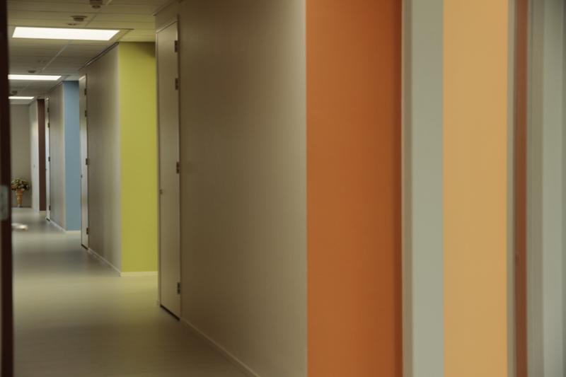 Kleur en harmonie hospice in vrijheid purmerend hanna groot for Schilderen voor gang d